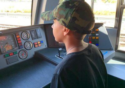 2019 conducteur train (3)